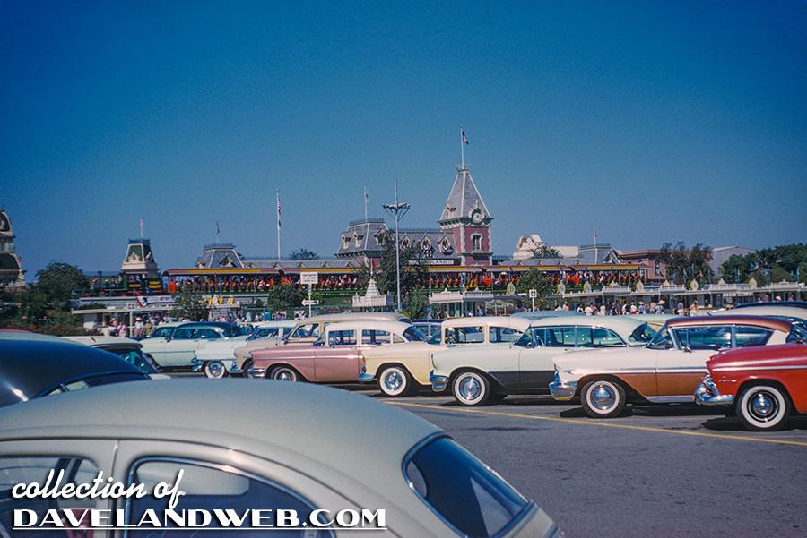Davelandblog: Old School Disneyland Primer