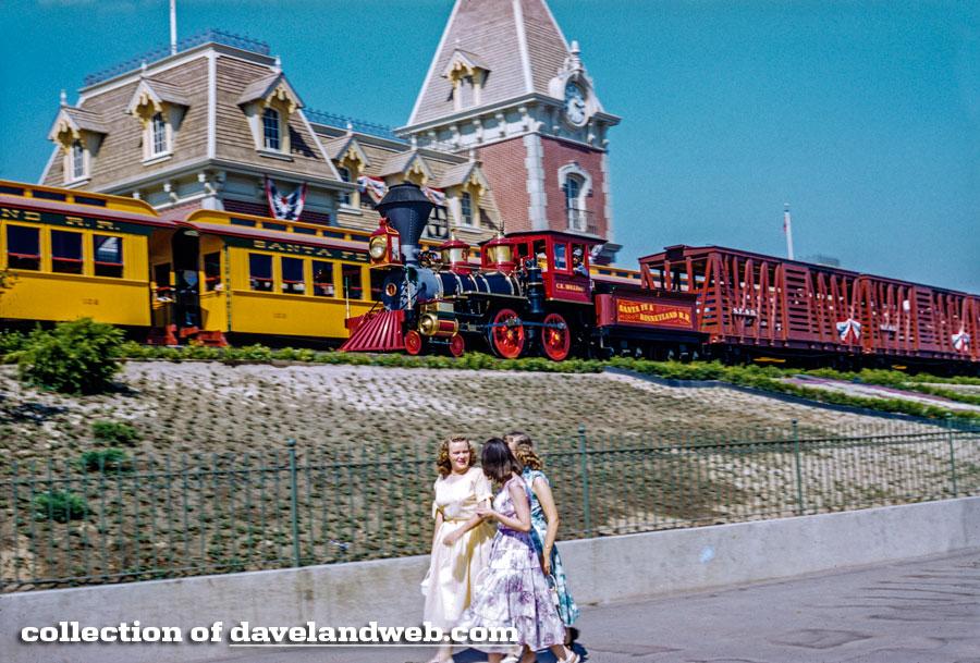 Disneyland Railroad 1955