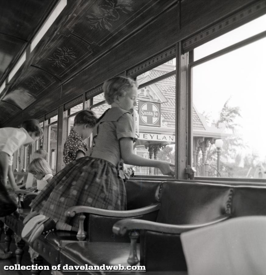 1955 Retlaw 1 interior shot