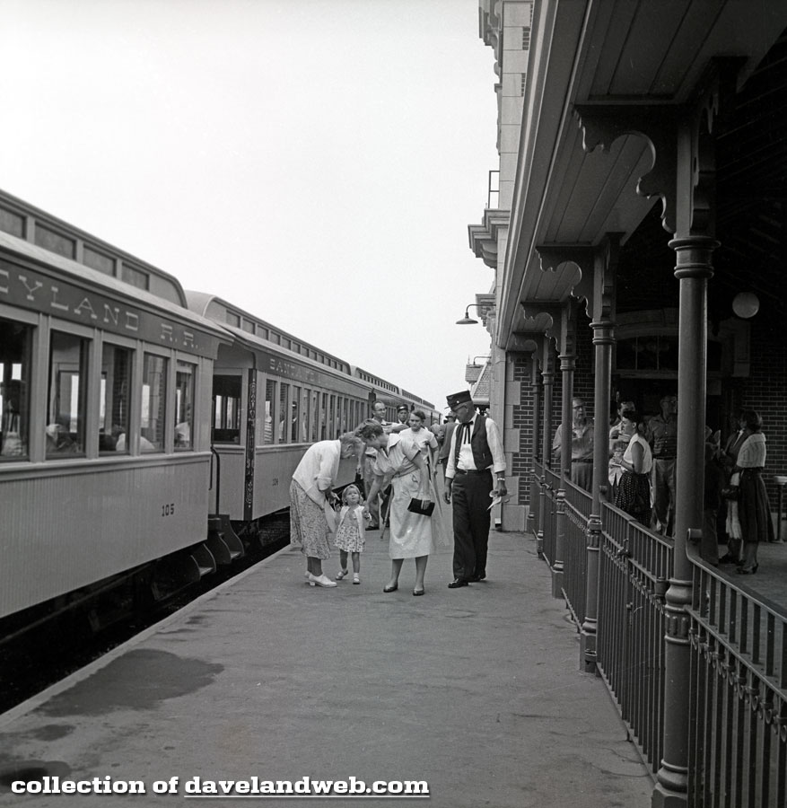 Retlaw One, 1955