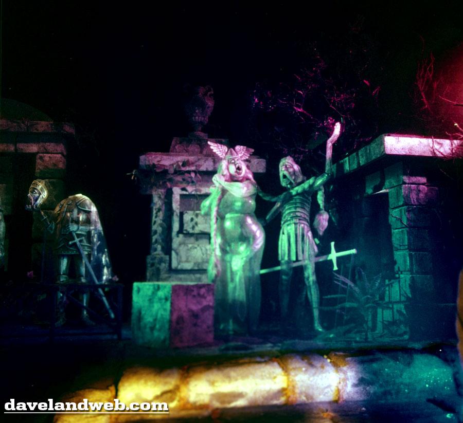 davelandblog  tpe  vintage haunted mansion tour