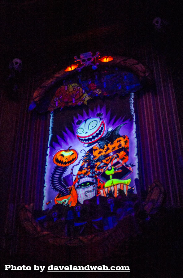 Haunted Mansion Holiday Foyer Music : Daveland trip report pt walk don t run to the