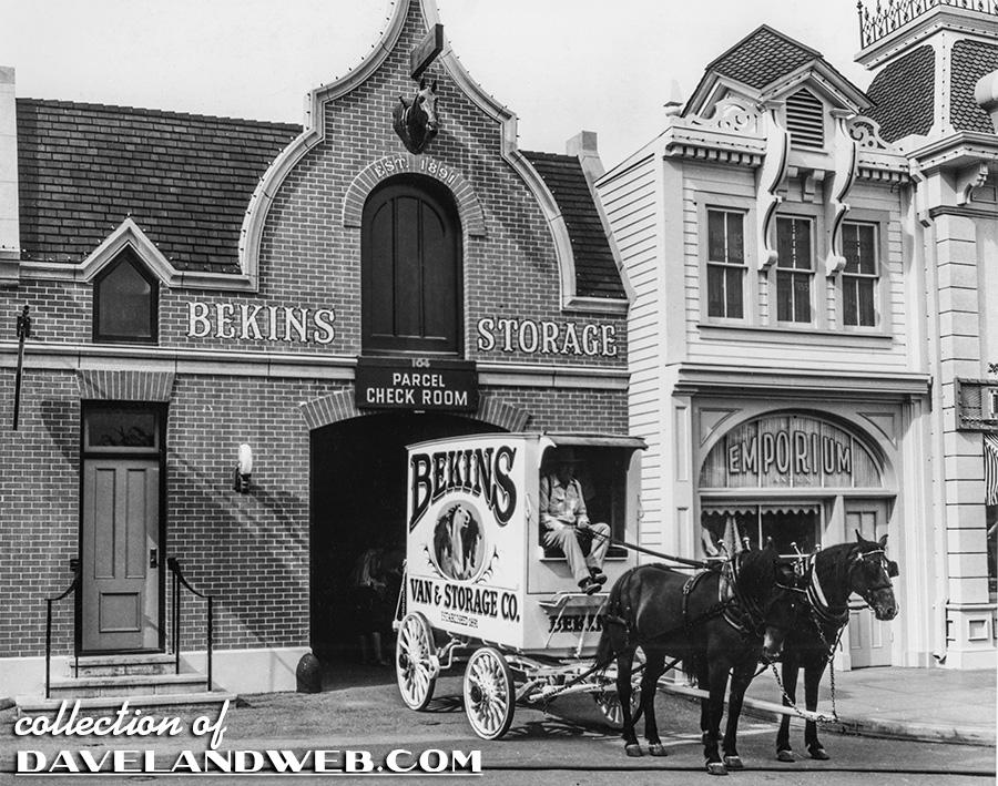 Bekins Truck